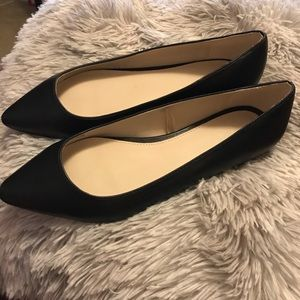 EUC Forever 21 Wide Fit Pointe Flats